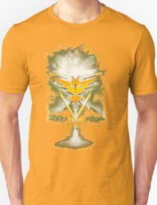 Team Instinct Yellow pokemon go Unisex T-Shirt