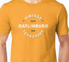 GATLINBURG TENNESSEE VINTAGE GREAT SMOKY MOUNTAINS NATIONAL PARK SMOKIES Unisex T-Shirt