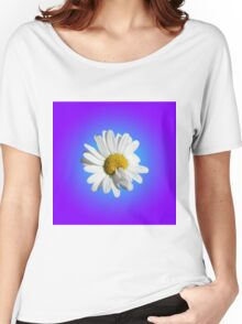 White Daisy Flower Floral Purple Blue Gradient Women's Relaxed Fit T-Shirt