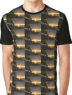 Summer Gold - Sparkling Sunrise on the Shore of Lake Ontario in Toronto Graphic T-Shirt