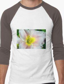 Macro on white summer flower. Men's Baseball ¾ T-Shirt