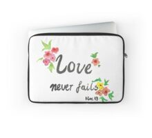 Love Never Fails Laptop Sleeve