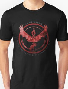 Pokemon Go: valor   Unisex T-Shirt