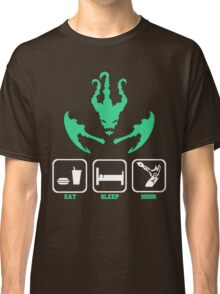 Thresh hook Classic T-Shirt