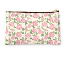Painted Roses. Studio Pouch