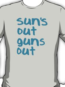 Sun's Out Guns Out - 22 Jump Street T-Shirt
