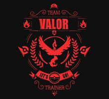 Choose Team Valor! | Pokemon GO! Unisex T-Shirt