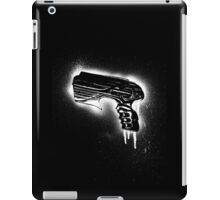Farscape Pulse pistol - Black line iPad Case/Skin