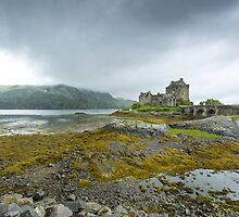 Highland Castle by JLHphoto