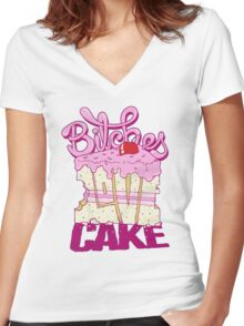 Bitches Love Cake Women's Fitted V-Neck T-Shirt