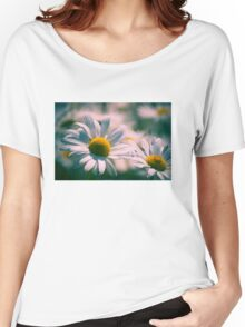 Daisy Flowers Women's Relaxed Fit T-Shirt
