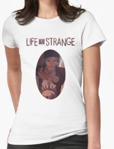 Life is strange Chloe with gun Womens Fitted T-Shirt