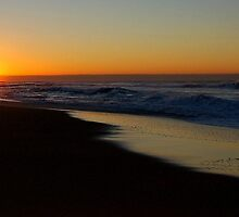 Bar Beach Sunrise by Ross Hipwell