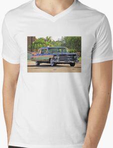 '59 Cadillac Fleetwood Limo Mens V-Neck T-Shirt