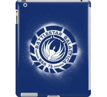 Battlestar Galactica Grunge - Dark Blue and White iPad Case/Skin