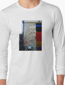 Berlin Wall - Magic & Mystery Long Sleeve T-Shirt