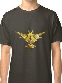 Pokemon GO - Team Yellow Instinct Classic T-Shirt