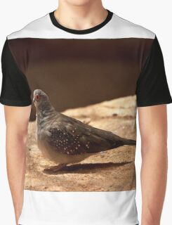 0479 Bird with a red eye Graphic T-Shirt