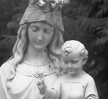 Mary and Jesus by Brent Fennell