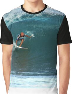 Kelly Slater at Pipeline Masters Graphic T-Shirt