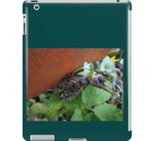 Another bird escape from the Zoo of Death iPad Case/Skin