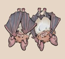 Greater mouse-eared bats by HenriekeG