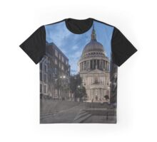 St Paul's Cathedral at Sunset, London, Unitied Kingdom Graphic T-Shirt