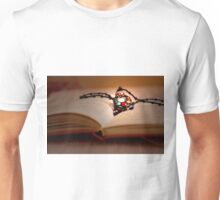 BOOK LOVERS..... Unisex T-Shirt