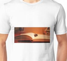 BOOK AND PHOTO LOVERS..... Unisex T-Shirt