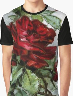Vintage Roses Red Floral Graphic T-Shirt