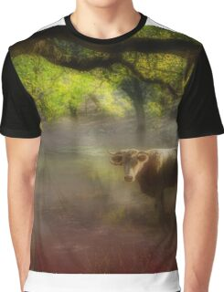 Friendly bull in the morning mist Graphic T-Shirt