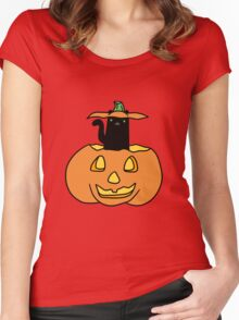 Black Cat inside Jack o' Lantern Women's Fitted Scoop T-Shirt