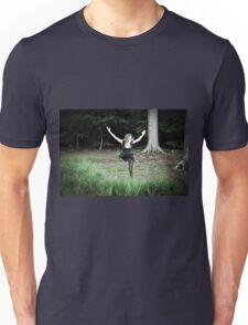 Ardwinna flying Unisex T-Shirt