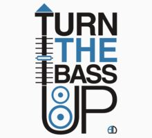 TURN THE BASS UP - Crossfader & Speaker DJ, Dark Kids Clothes