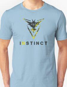 Pokemon GO: Team Instinct Design (Team Yellow) Unisex T-Shirt