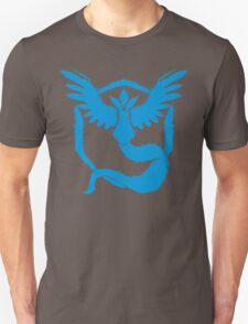 Team Mystic - Grunge Light Blue Unisex T-Shirt