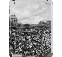 Locking for Love - Paris, France iPad Case/Skin