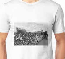 Locking for Love - Paris, France Unisex T-Shirt