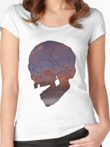 skull w/ some clouds behind Women's Fitted Scoop T-Shirt