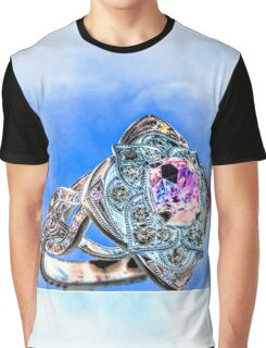 Unique Ring Graphic T-Shirt