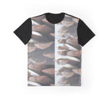 Pine Cone Graphic T-Shirt