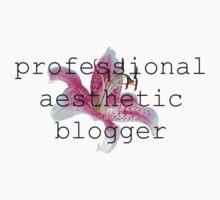 Professional Aesthetic Blogger by cielphantom