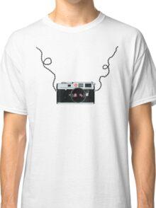Love x x  Leica  Love x x Classic T-Shirt