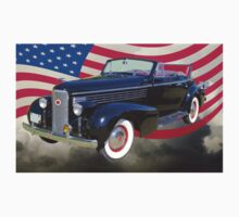 Black 1938 Cadillac Lasalle With United States Flag Kids Clothes