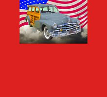 1948 Pontiac Silver Streak Woody And American Flag Unisex T-Shirt