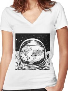 astronaut world map 4 Women's Fitted V-Neck T-Shirt