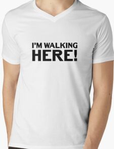 Im Walking Here Classic Quote Midnight Cowboy Dustin Hoffman Mens V-Neck T-Shirt