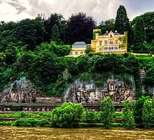 Schloss Marienfels by Tom Gomez