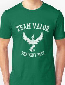Team Valor Distressed - Red Team - Pokemon Go Unisex T-Shirt