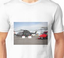 Agusta-Westland HH-101 helicopter on show at the Futures Day & FAB Friday at Farnborough International Airshow Unisex T-Shirt